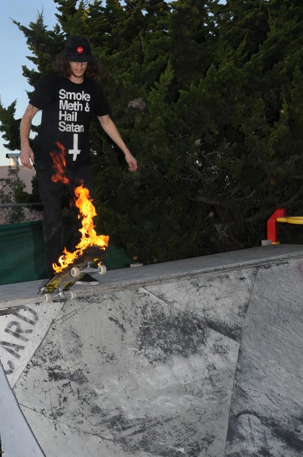 skelator fire board