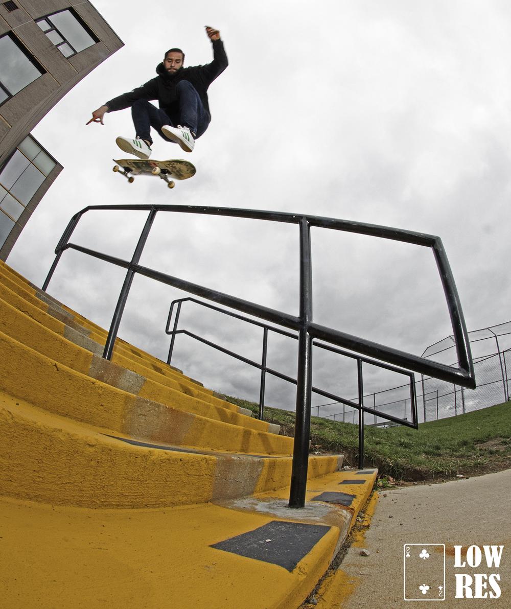 mike_heelflipback5050_tappan-EddieLiddy