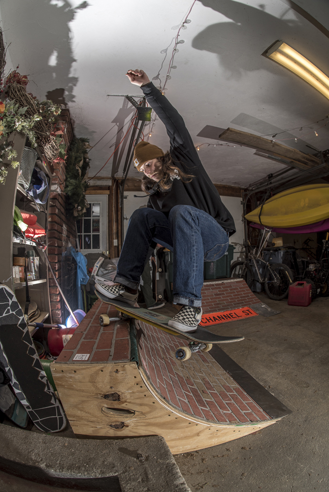 Andrew Budwey fs layback at Bastards Lounge - Photos Joe Makarski