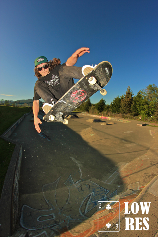 Merrick Orr_Ollie_Fakie_Sooke_BC_Photo_Shawn_Rowbottom